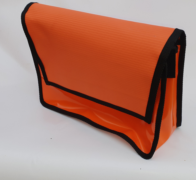 Medium messenger bag  Toit orange