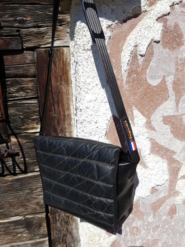 Messengerbag DS noir medium