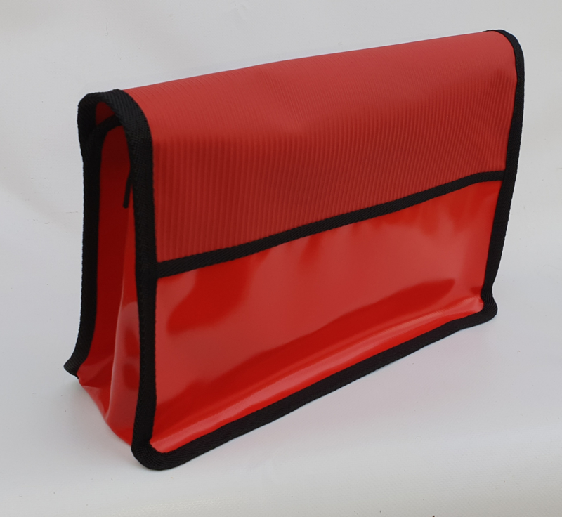 Medium messenger bag  Toit rouge