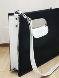 Zwart witte handtas met schouderband