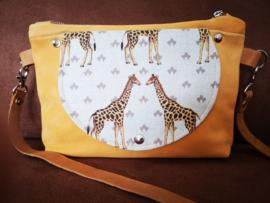 Crossover tas okergeel met giraf