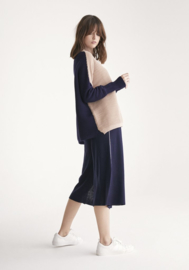 Paisie - Two Tone jumper in beige and navy