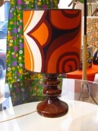 Lamp bruin keramiek met seventies kap
