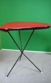 Rood tafeltje tripod