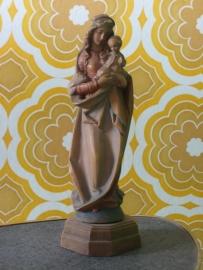 Prachtig klein houten Mariabeeldje