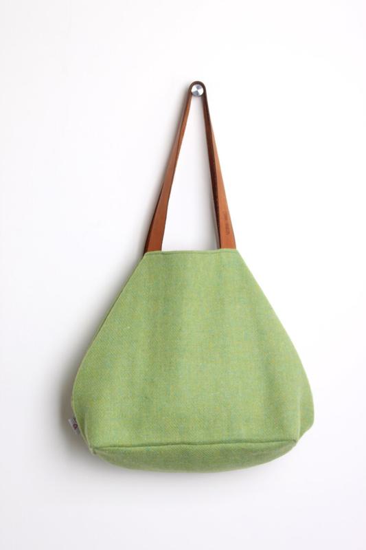 Emma Martin - Classic Bag Pastel Green