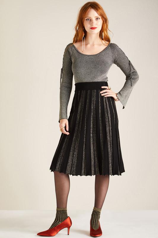 Yumi - Lurex pleated skirt in black