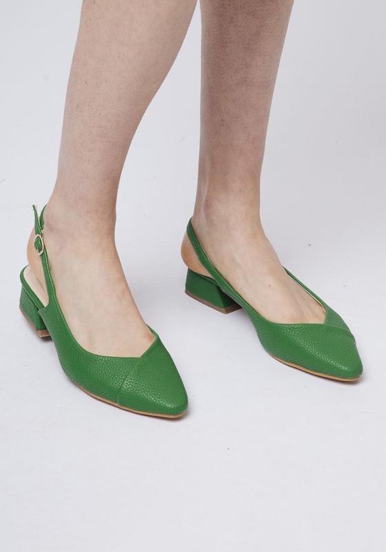 CF - Green shoes
