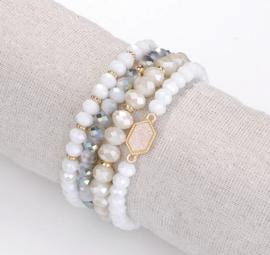 Set van 4 armbanden
