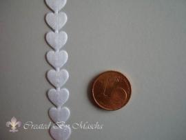 Satijnlint met hartje (wit) nr  65
