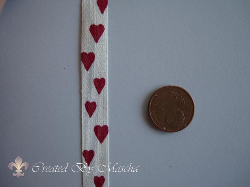 Linnen lint met rode hartjes (10 mm) n 47