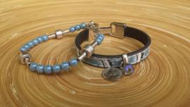 Blauwe tweedelige set armbanden