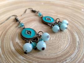 Turquoise oorbellen in bohemian style met amazoniet