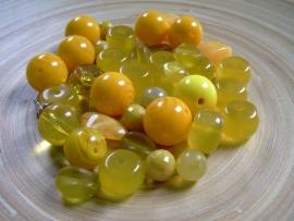 100 gram geel/oranje kralenmix