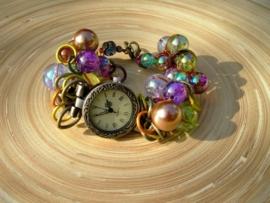 Gehaakt horloge in bronskleur
