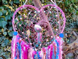 Royaal gevulde roze/blauwe  hartvormige dromenvanger. Maat M