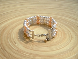 Armband met o.a. zoetwaterpareltjes