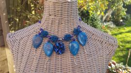 Blauwe wire ketting