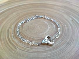 Zilver plated armbandje met skull connector
