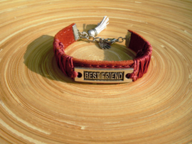 Rode imitatieleren armband