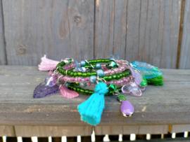 Memory wire arband in lila/groen/blauw in 4 rijen