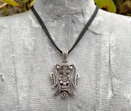 Heren ketting met oud zilveren Viking hanger