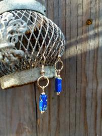 Keramieke oorbellen in donkerblauw en zilver