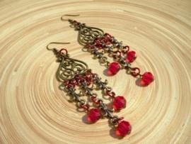Rode oorbellen in bronskleur