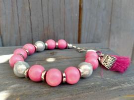 Roze houten armband