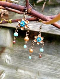 Bronskleurige handgeschilderde bloem oorbellen