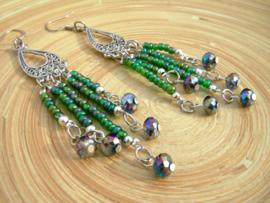 Groene rocailles oorbellen