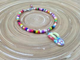 Multicolor enkelbandje met slippertje