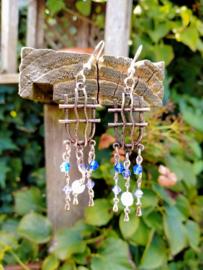 Lila oorbellen in oud zilverlook