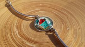 Bangle armbandje met kettinkje en blauwe emmer afbeelding