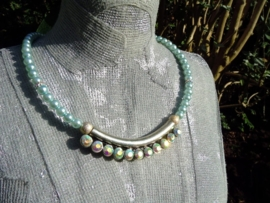 Glasparel (trouw)ketting, en ornament met AB glans