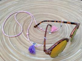 Zachtroze en roomwitte brillenkoord met kwastjes