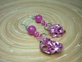 Roze oorbellen met flatwire