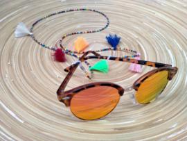 Ibiza style brillenkoordje met gekleurde kwastjes