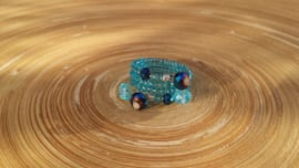 Memory wire ring in blauw