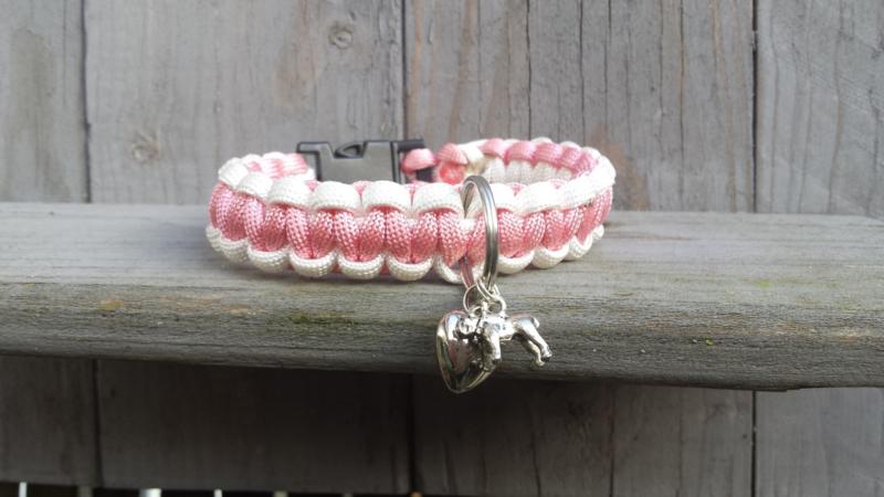 Roze hondenhalsband. Halsomvang 24.5