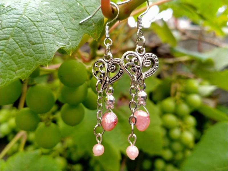 Trouwoorbellen met roze zoetwaterparels