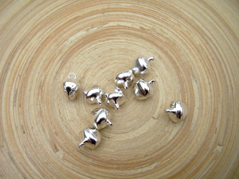 10 zilverkleur metalen belletjes 8mm