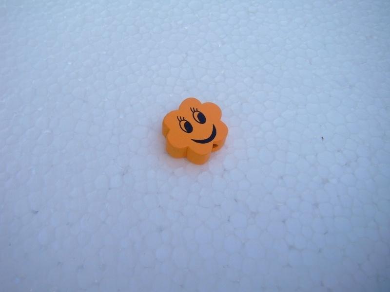 Houten bloemetje met gezichtje - oranje