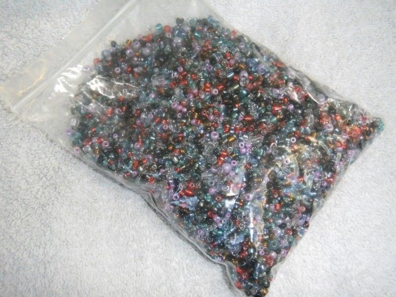 Gemengde donkere rocaille-mix van  2 , 3,  en 4 mm
