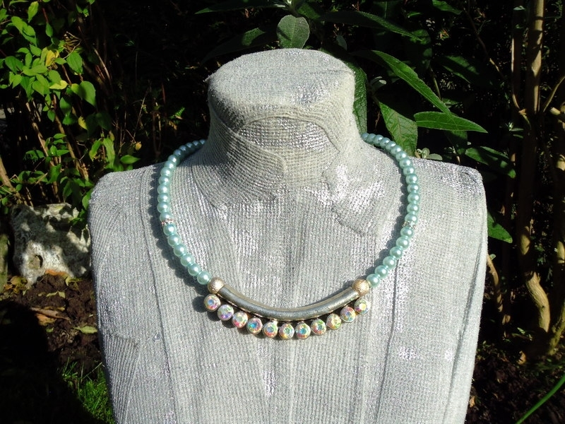 Glasparel (trouw)ketting en ornament met AB glans
