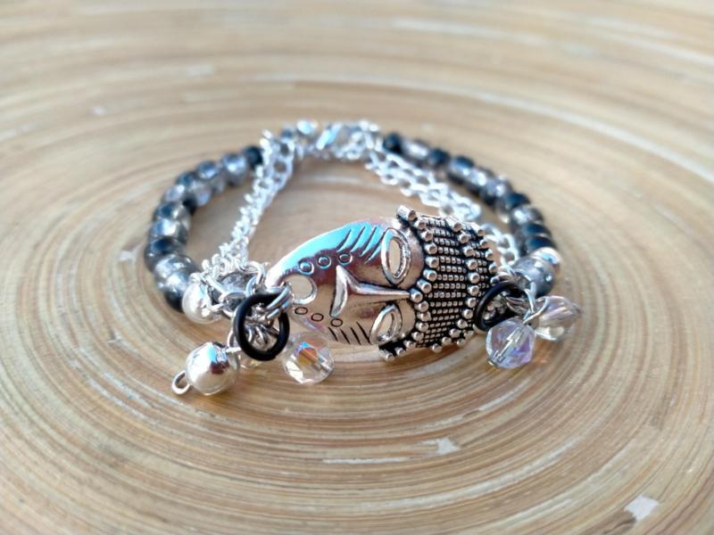 Armband met zwart/zilverkleurige  crinkle glaspareltjes.