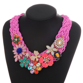 "Roze Statement Ketting ""Floral Dreams"""
