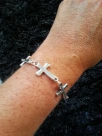 "Kruis Armband ""Linked Crosses"""
