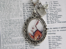 "Alice in Wonderland ketting ""White Rabbit"""