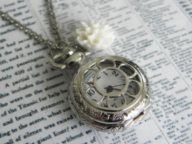 "Zakhorloge Ketting ""What Time Is It?"" Small"